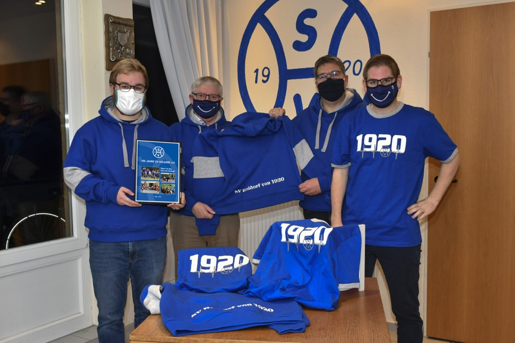 200201117-HSV-100-Chronik-Merchandising